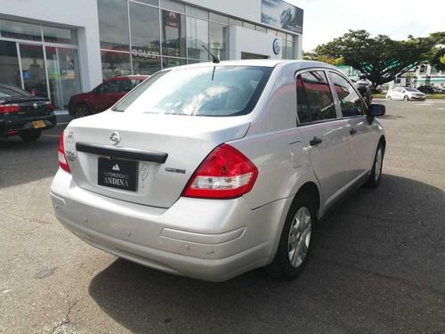 nissan tiida sedan 1.8 mecanica 2011 882