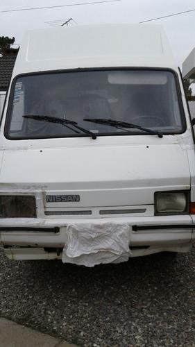 nissan trade año 1992