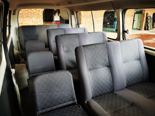nissan urvan 15 pasajeros modelo 2012