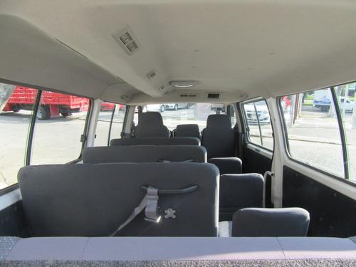 nissan urvan 2010 gx larga 15 pasajeros blanca tm