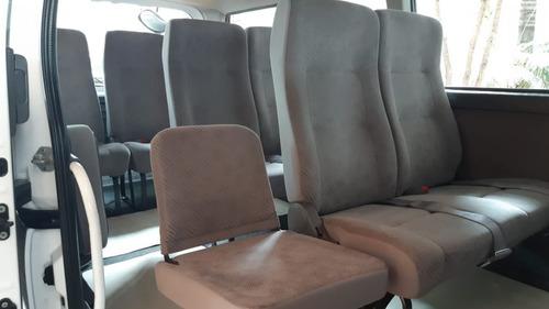 nissan urvan 2013 13 pasajeros