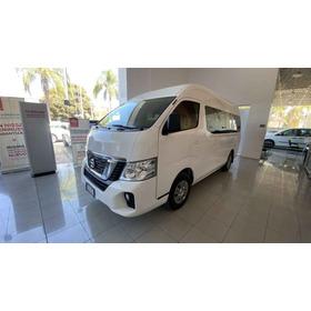 Nissan Urvan 2019 4p Amplia L4/2.5 Man 15/pas P/seg