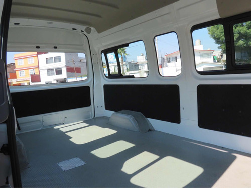 nissan urvan 2.5 panel ventanas amplia mt 2018