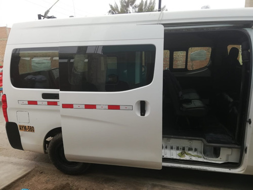 nissan urvan dx t-alto 16 pasajeros bien conservada