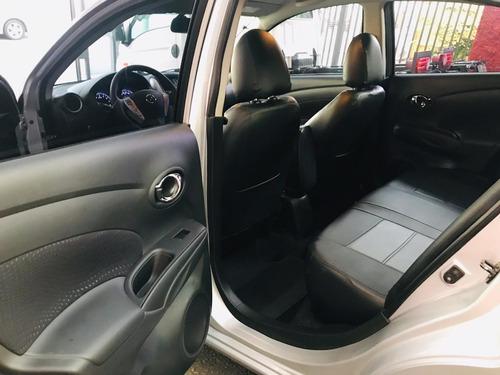 nissan versa 1.6 16v sv aut. 4p 2017