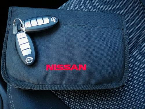 nissan versa 1.6 advance  2014