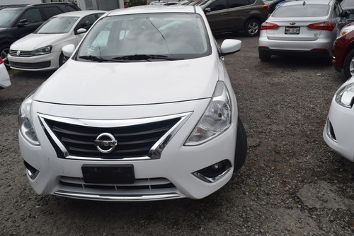 nissan versa 1.6 advance at automatico blanco 2017