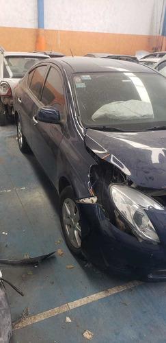 nissan versa 1.6 exclusive aut chocado baja con alta motor