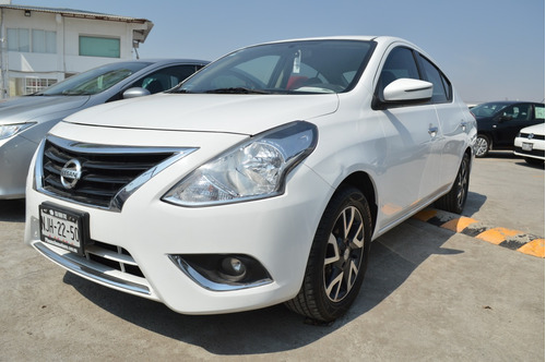 nissan versa 1.6 exclusive l4 at