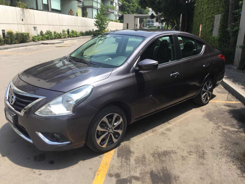 nissan versa 1.6 exclusive navi at 2015
