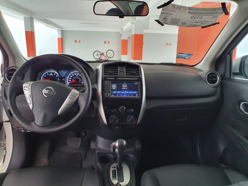nissan versa 1.6 exclusive navi at 2019