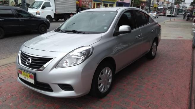 Nissan Versa 1.6 Sv 2013 Vilage Automoveis