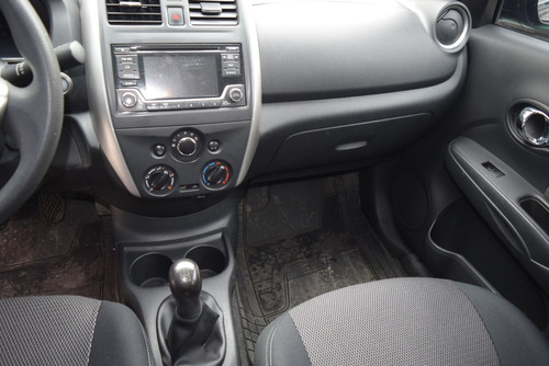 nissan versa 1.8 advance sedan mt