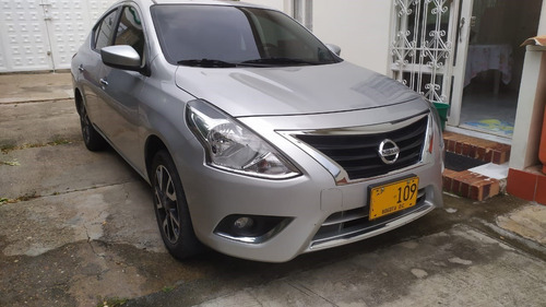 nissan versa advance 1.6 mt