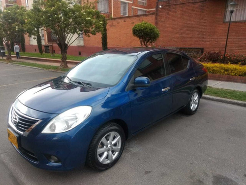 nissan versa advance 2013 at
