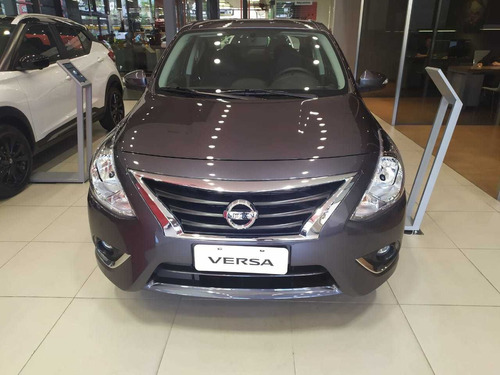 nissan versa advance at - entrega inmediata