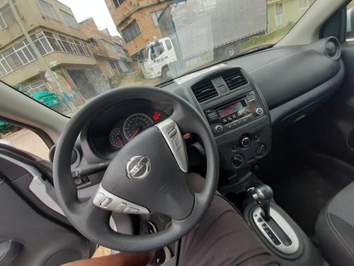 nissan versa automático 2017