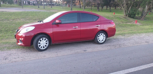 nissan  versa full mt impecable, 099036749