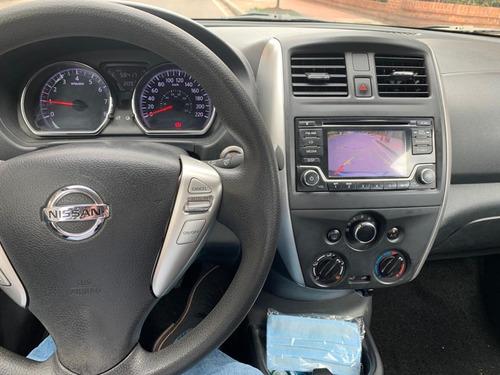 nissan versa, modelo 2015,azul, 1600 cc, 57450k,único dueño