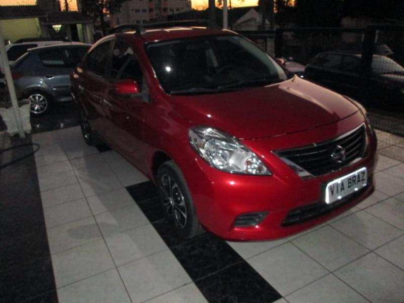 Nissan   Versa Sv 1.6 16v 2013. Carregando Zoom.