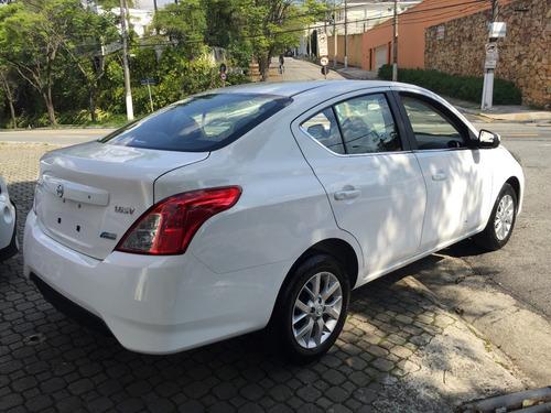 nissan versa sv 1.6 aut ( 2017/2018 ) okm por r$ 57.999,99
