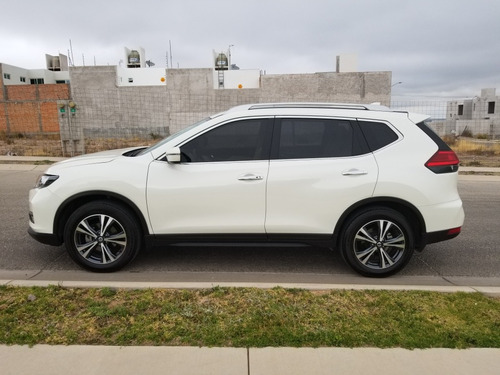 nissan x-trail 2.5 advance 2 row cvt 2018