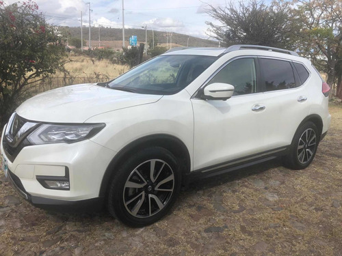nissan x-trail 2.5 exclusive 3 row cvt 2018