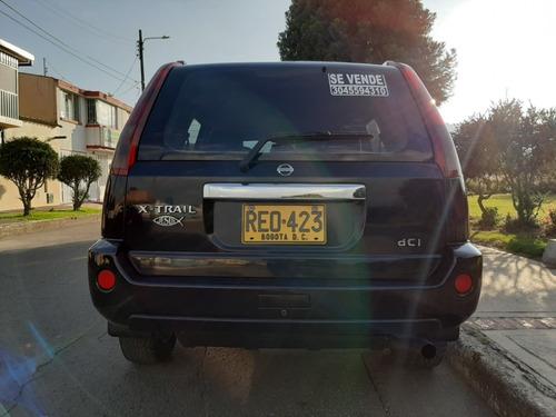 nissan x-trail diesel 4x4  2200cc  campero color negro