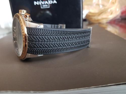 nivada moonmaster cronografo de 45mm con estuche