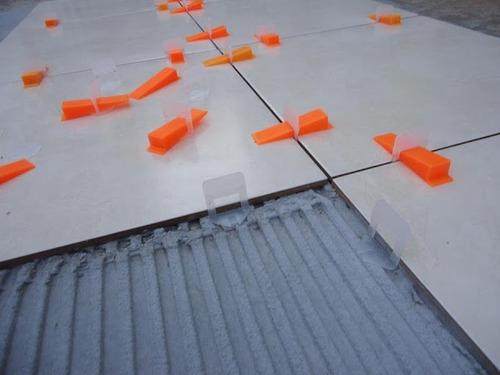 nivelador de piso cortag  combo ouro cunha e espaçador 1,5mm