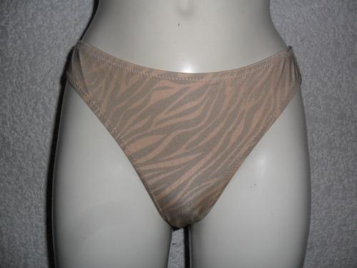 no ilusion pantaleta bikini brillosa satinada animal print,