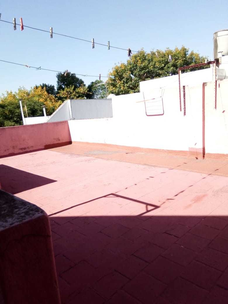 nogoya 5800. ph 2 amb. patio. terraza . versalles real oport