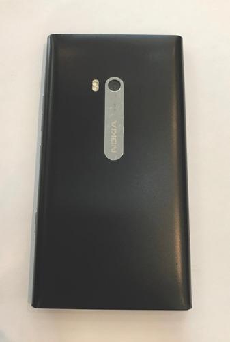 nokia lumia 900 - não funciona - sucata p/ retirar peças
