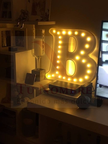 nombre iluminado 6 letras 35 cm luces polyfan belgrano caba