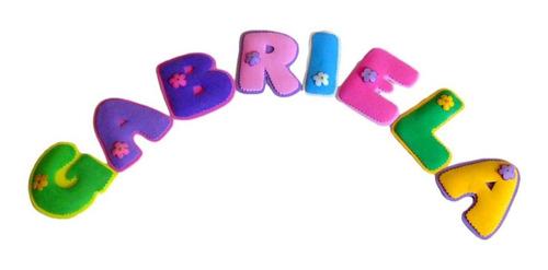 nombres en foamy termoformado para el cuarto de los niños