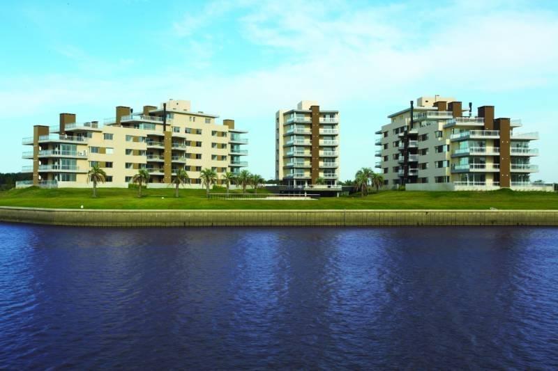 nordelta 3 ambientes vista al rio, con terraza increible!!! en islas del canal