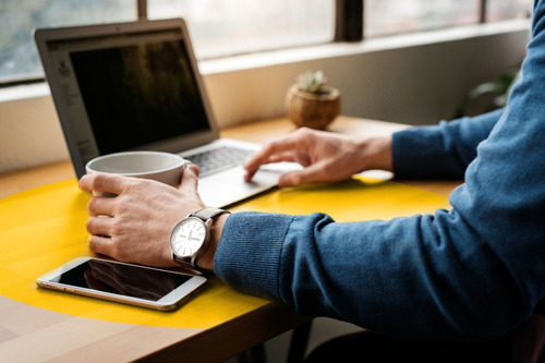 norton security plus  antivirus 5 dispositivos 1 año digital