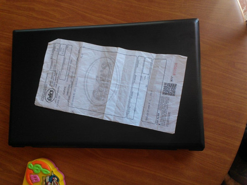 notebook msi core i3, win8, disco 750gb. 4ram. usb3.0 y hdmi