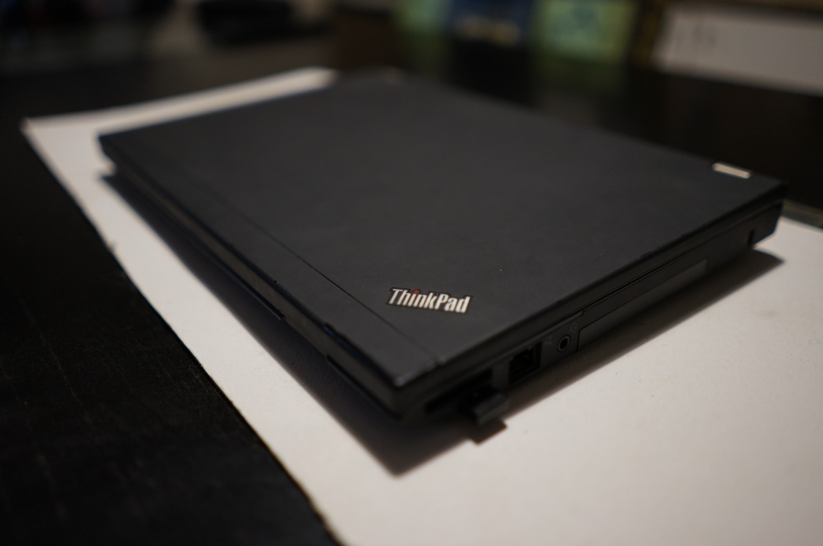 Notebook Thinkpad Lenovo X230 Hackintosh Con Base - $ 18 000,00