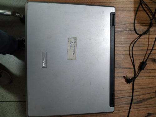 notebook toshiba a55-s1066 - com defeito - carcaça completa