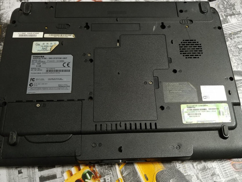 notebook toshiba satellite a100 ( repuesto)