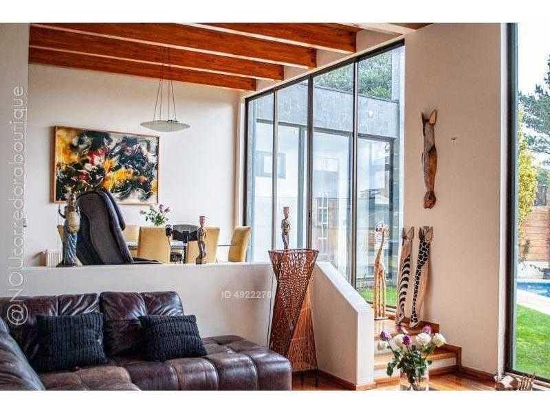 nou corredora boutique / / espectacular y muy amplia casa con finas terminaciones en andalué