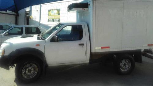 np 300 chasis diesel 4x4 std caja refrigerada