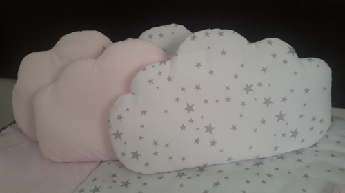 nubes  chichoneras almohadones