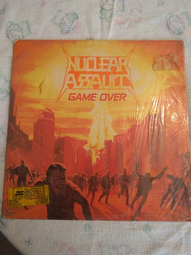 nuclear assault game over importado primera edición 1986