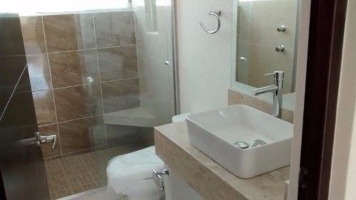 nueva! 3 recámaras, 2.5 baños, jardín, cochera,  el refugio.