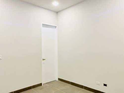 nueva bodega y oficina en renta, blvd. agua caliente en zona dorada