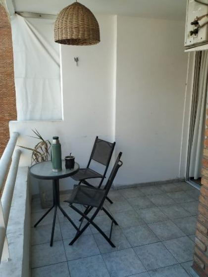 nueva cordoba 2 dormitorios 2 balcones frente