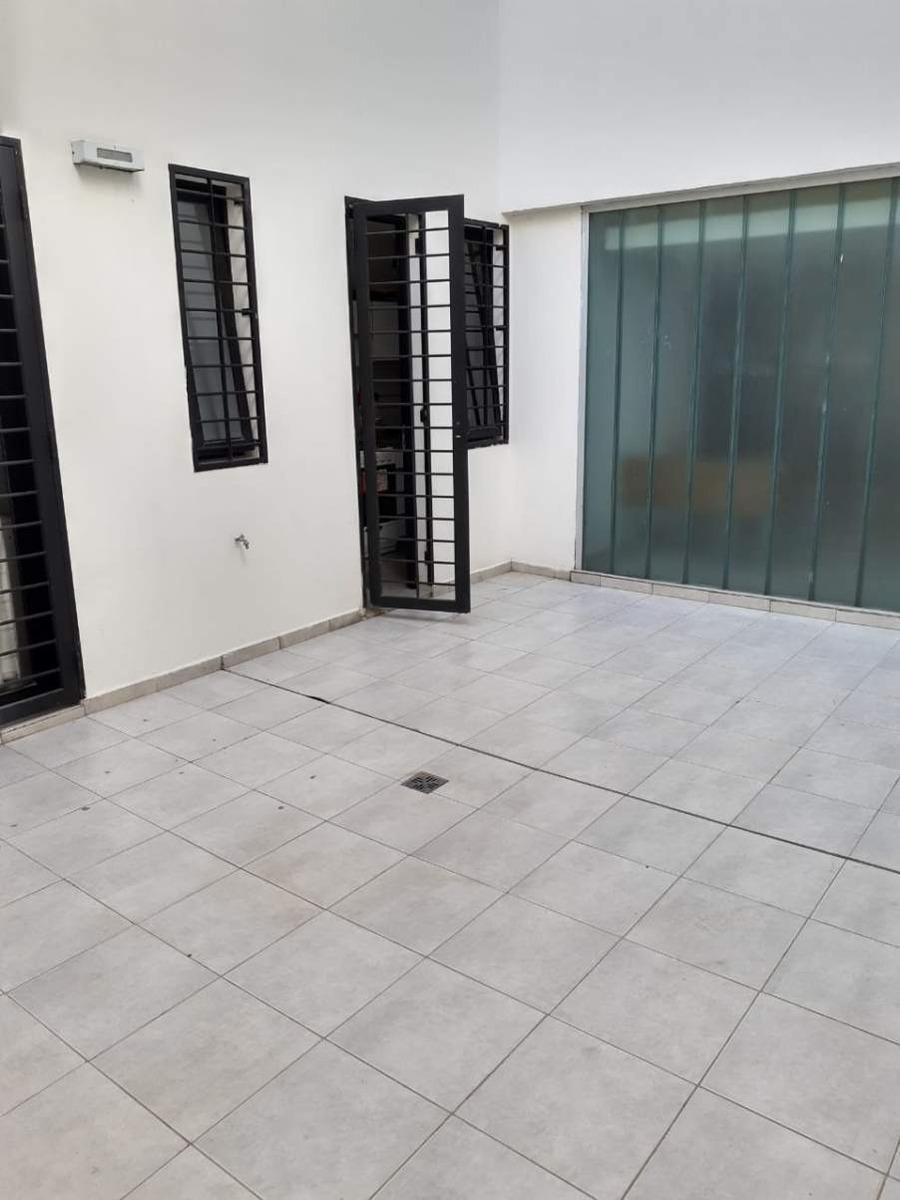 nueva córdoba- obispo trejo 800- 2 dormitorios- 2 baños -patios- mts del sanatorio allende.