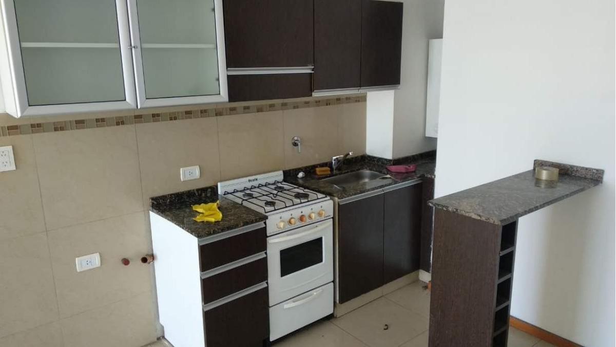 nueva cordoba. venta 1 dormitorio. con balcon. oportunidad!!